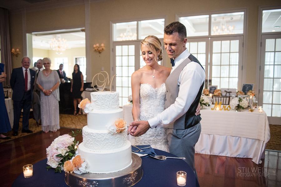 Cake Cutting The Grandview Wedding