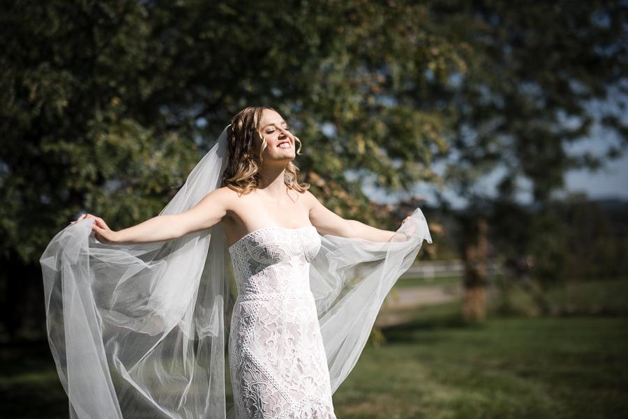 Bride Portrait Hudson Valley Wedding Photographer