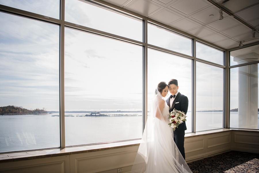 Wedding Couple NY Wedding Glen Island Harbour Club